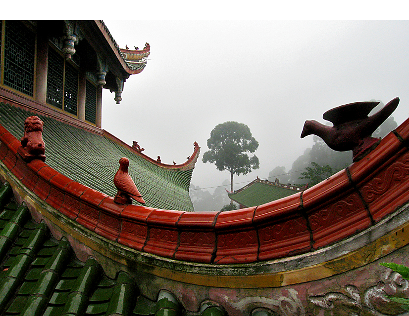 Mountain top temple of Pengzushan, south of Chengdu.