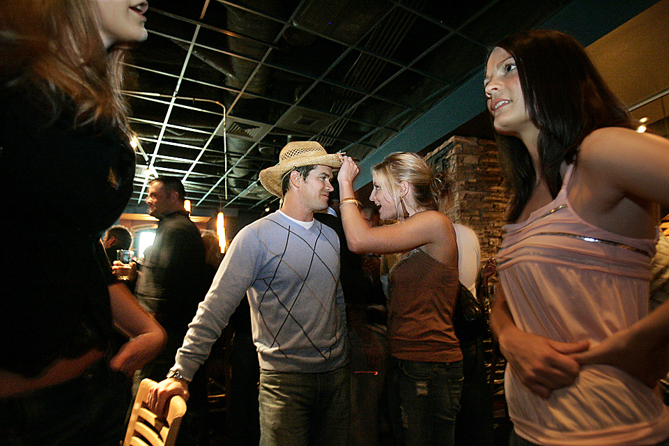 Dating series: A possible hook-up between Andy Banker and Katie Anderson becomes unhitched over the straw hat. Anderson's friends knew she wouldn't go for someone with a straw hat, and they were right. Kansas City's dating scene is considered dismal by many.