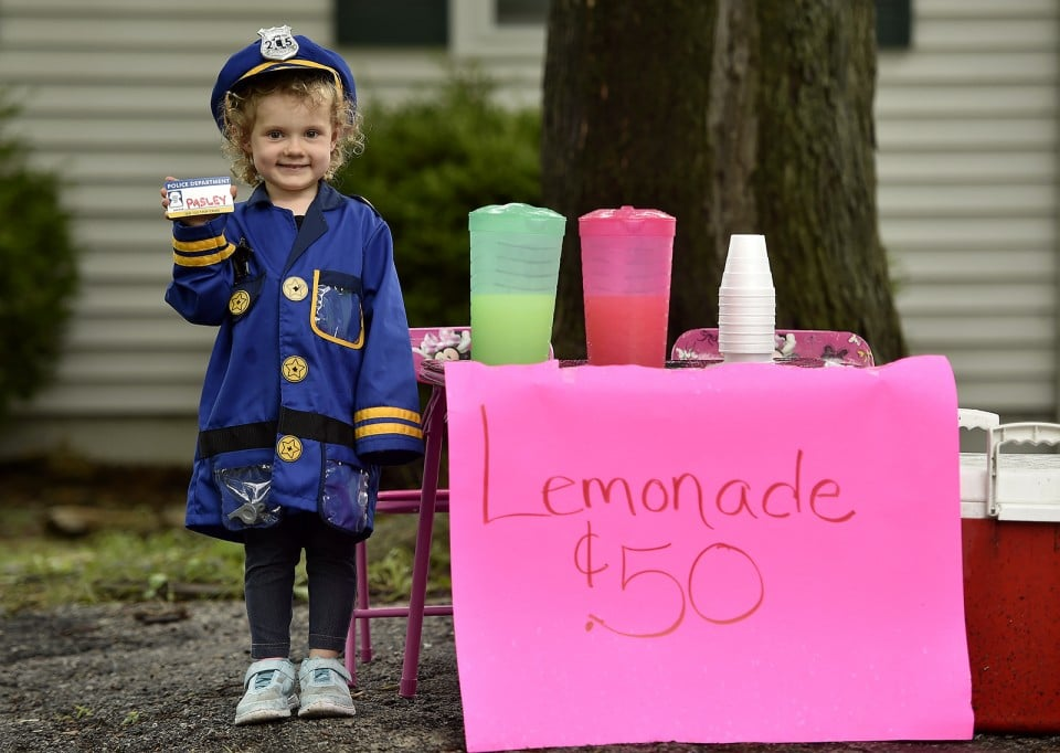 Three-year-old Hannah Pasley of Kansas City, North, dreams of becoming a police officer when she grows up. Hannah sold lemonade over the weekend to earn money to buy herself a police uniform - and succeeded. After officers from various law enforcement agencies heard about Hannah, they stopped by to buy lemonade and meet her Saturday.